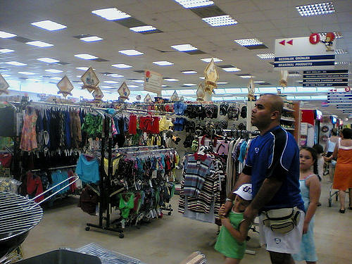 Shopping (by flickr user ebruli, https://creativecommons.org/licenses/by/2.0/)